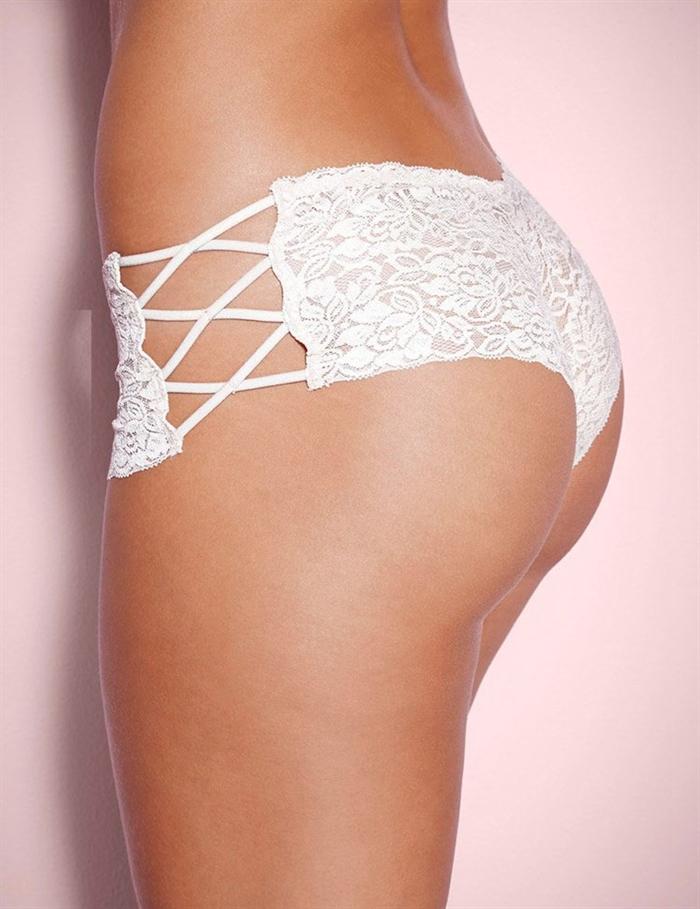 Image of   Hvid blonder snørre hotpants
